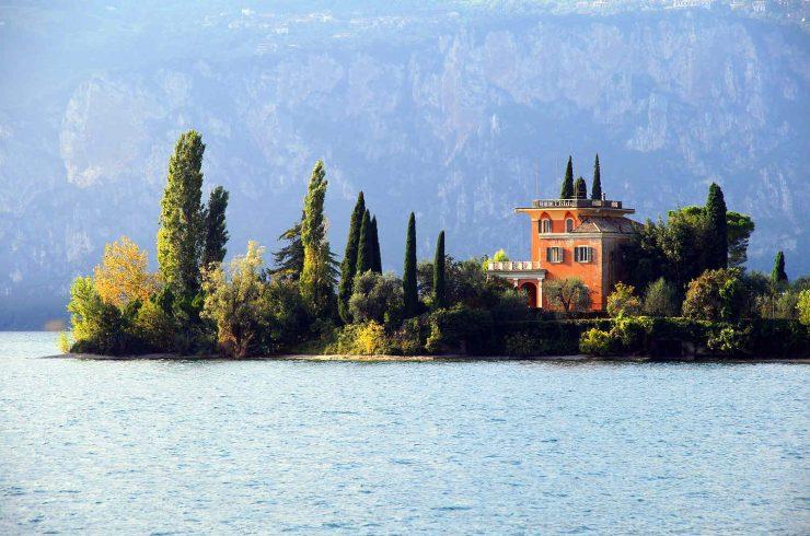 Villen am Gardasee, direkt am Ufer oder mit Seeblick