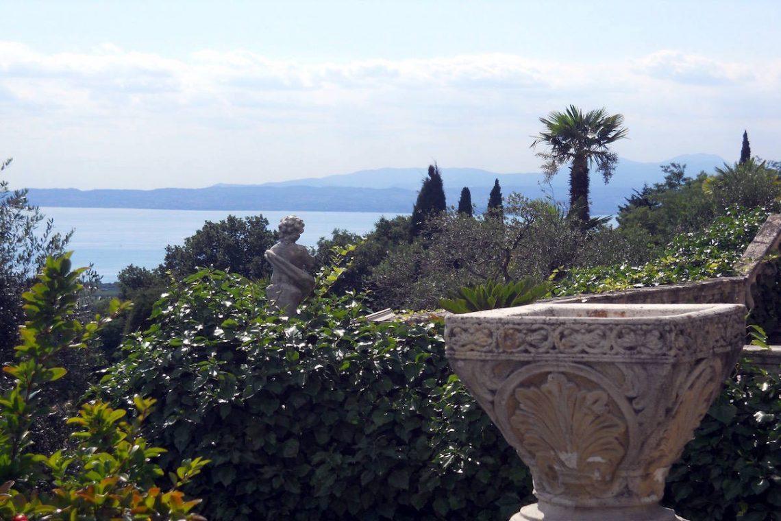Historische Villa Gardasee Verkauf 08
