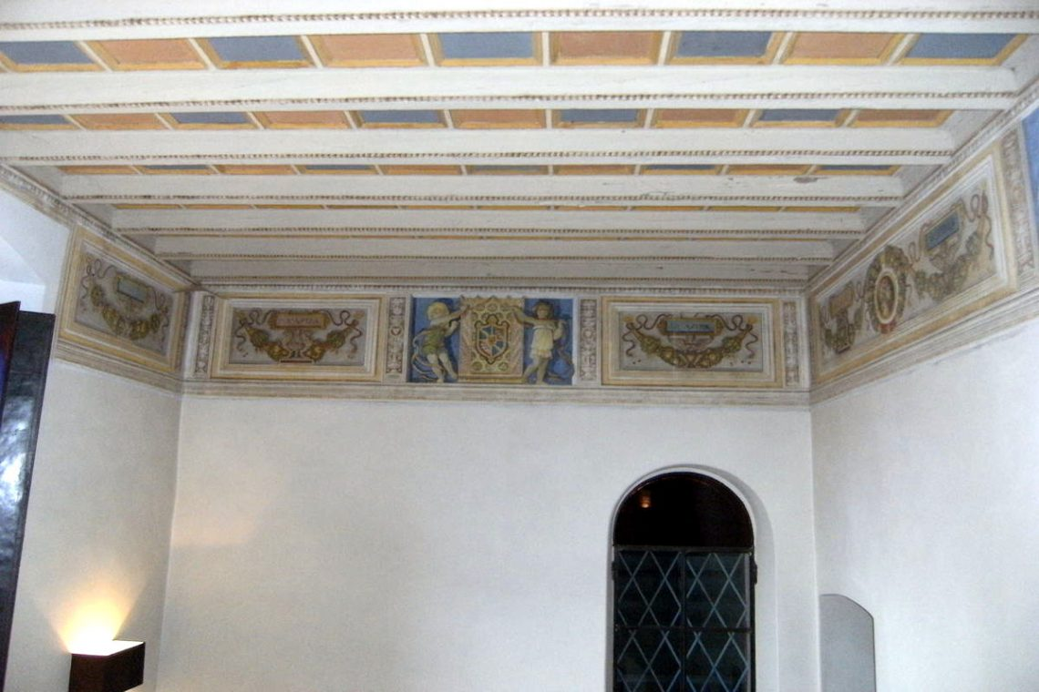Historic villa Lake Garda sale with stunning lake view 26