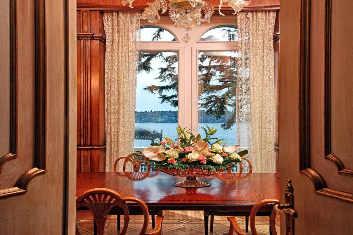 Historische Villa am Gardasee zur Miete am Seeufer 15
