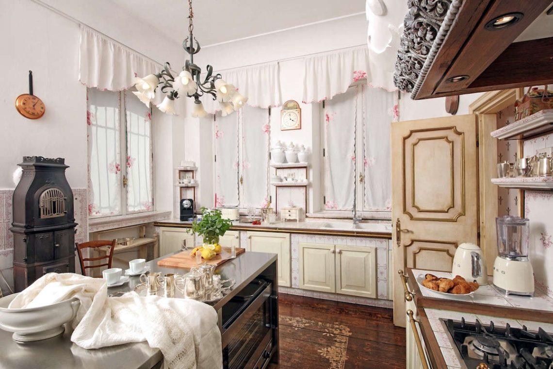 Historische Villa am Gardasee zur Miete am Seeufer 19