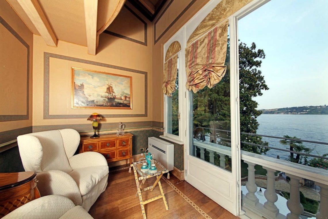 Historische Villa am Gardasee zur Miete am Seeufer 25