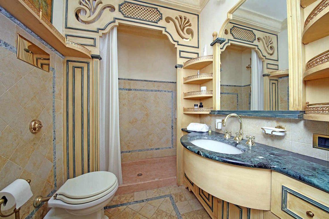 Historische Villa am Gardasee zur Miete am Seeufer 27
