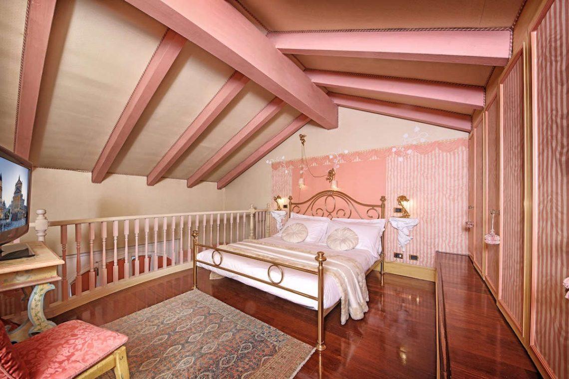 Historische Villa am Gardasee zur Miete am Seeufer 29