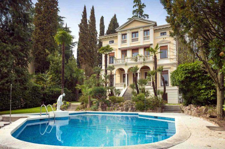 Historische Villa Gardasee zur Miete am See
