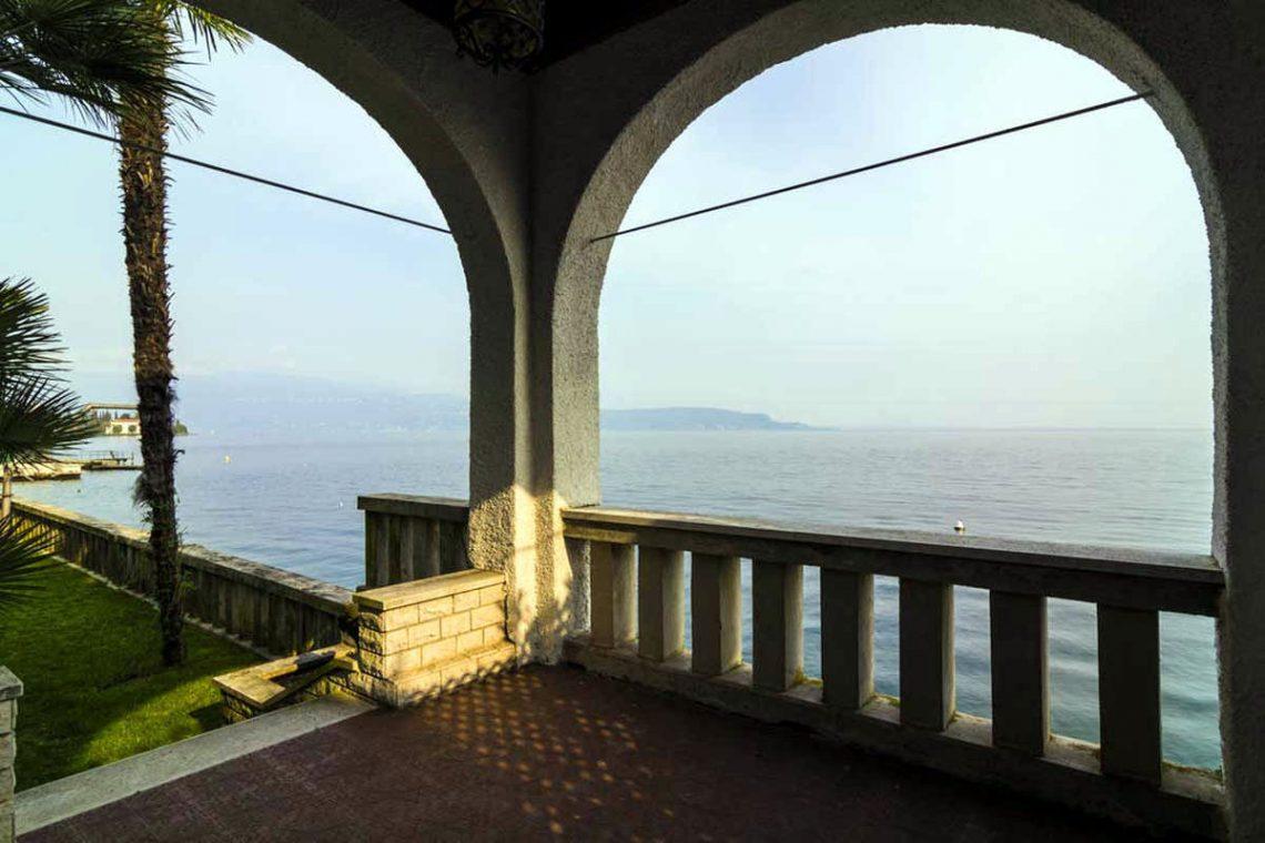 Historische Villa Gardasee zur Miete am See 06