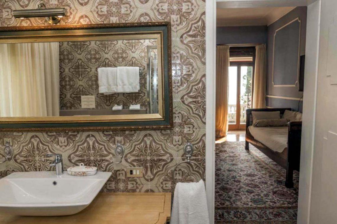 Historische Villa Gardasee zur Miete am See 25