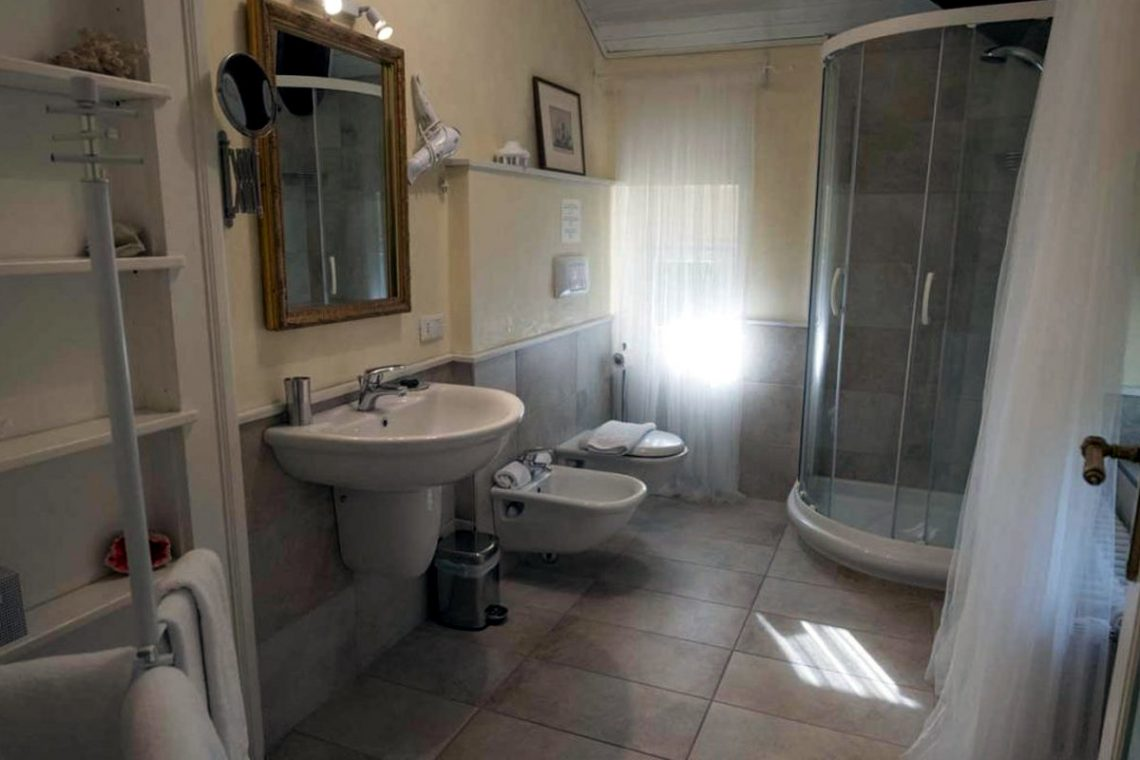 Historische Villa Gardasee zur Miete am See 40