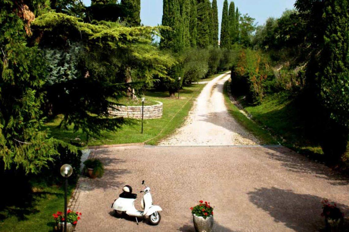 Villa Lazise zur Miete mit Panorama-Swimmingpool 24