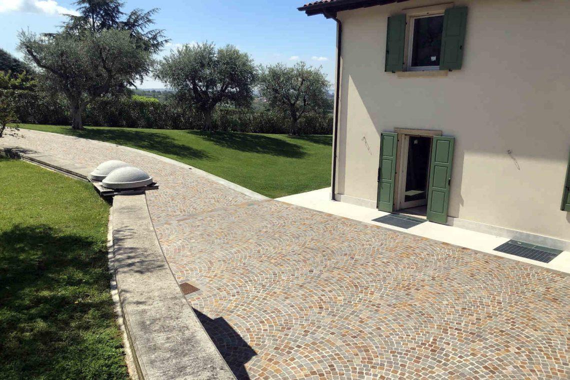 Villa in Bardolino verkauf in Panoramalage mit Seeblick 32