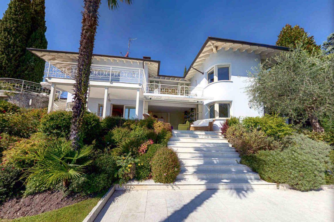 Villa Padenghe Verkauf mit Seeblick und Panoramapool 05