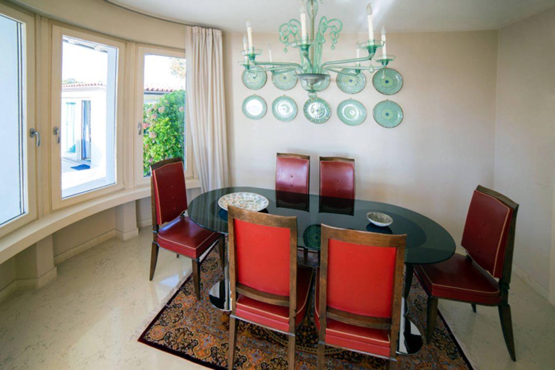 Villa Padenghe Verkauf mit Seeblick und Panoramapool 17