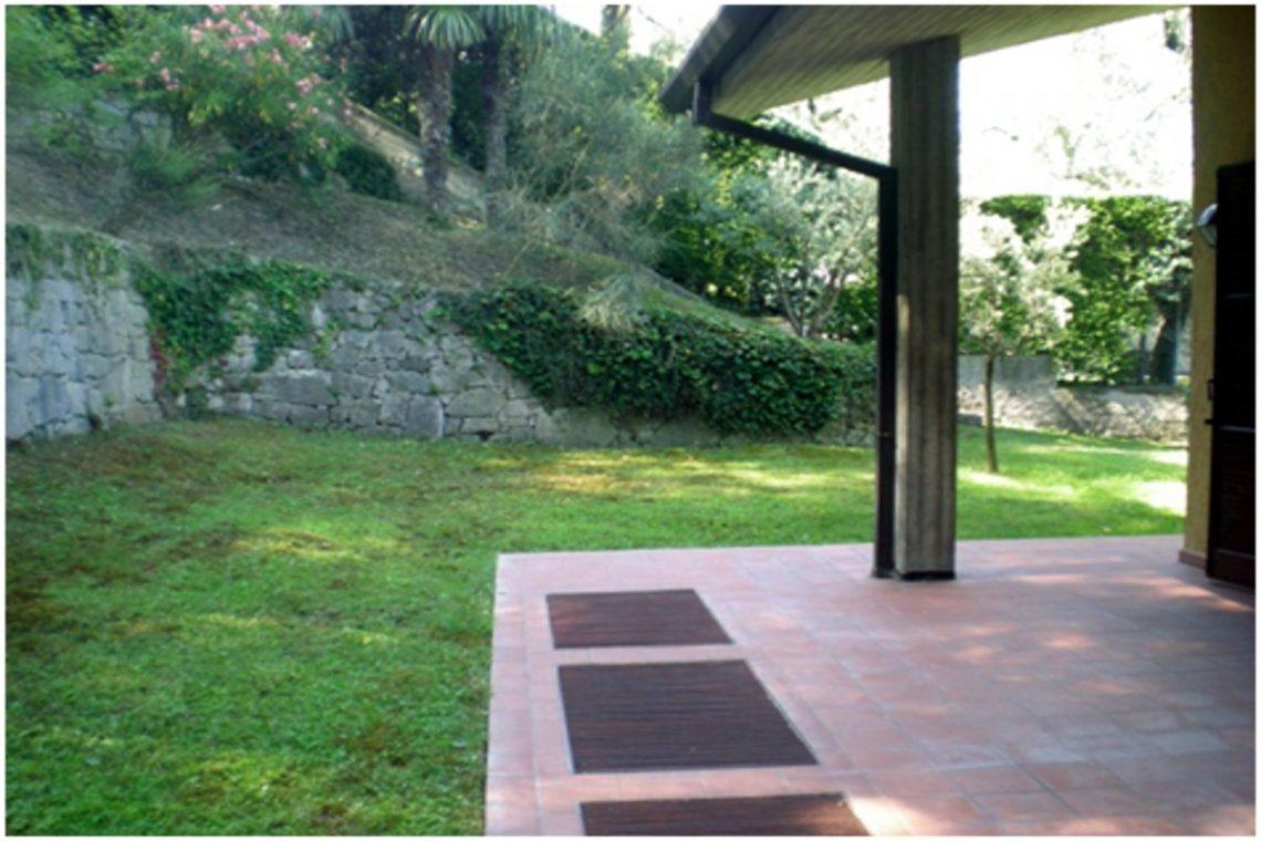 Villa Torri del Benaco mit Seeblick mit Panoramapool 11