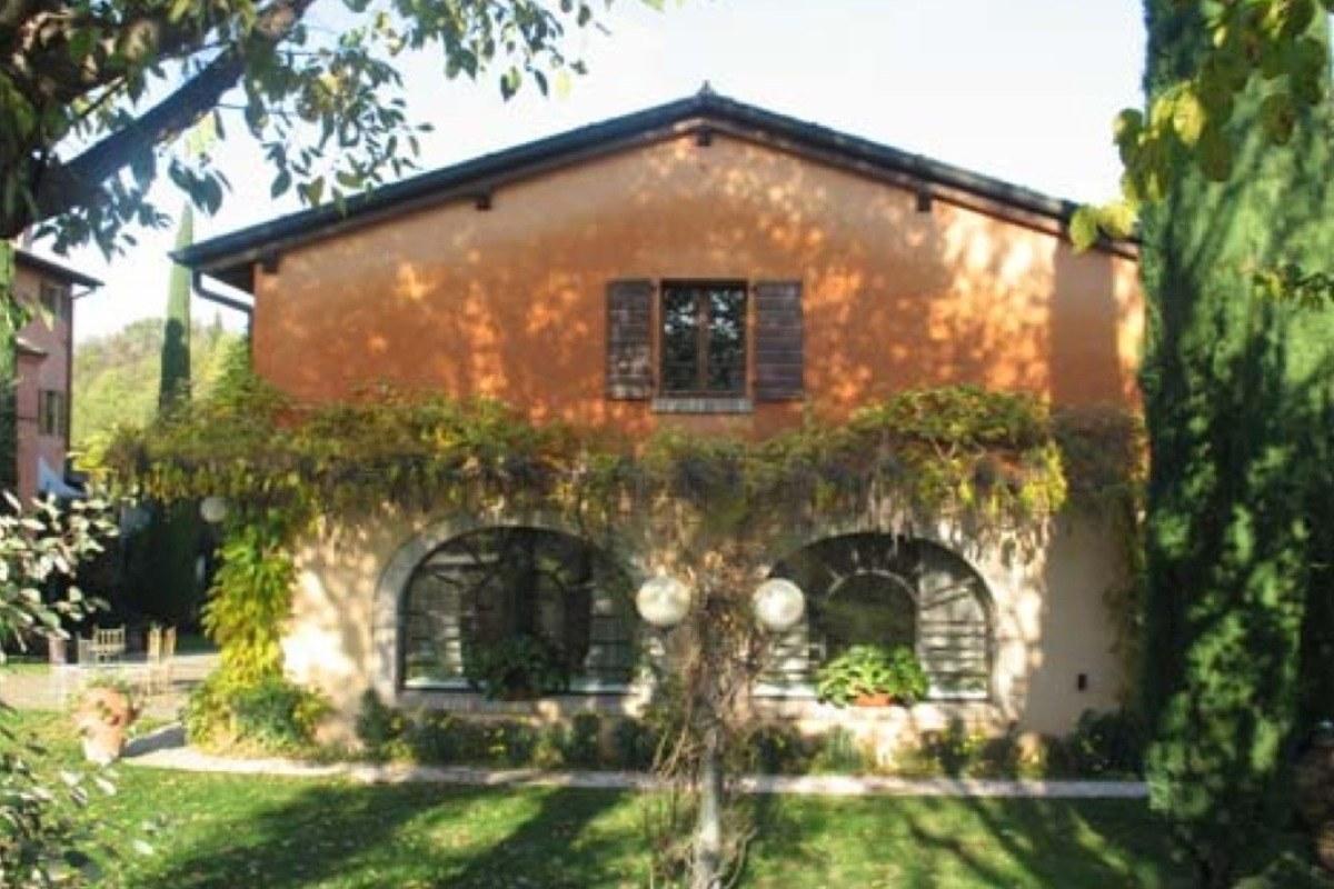 Historisches Haus in der Nähe von Peschiera del Garda
