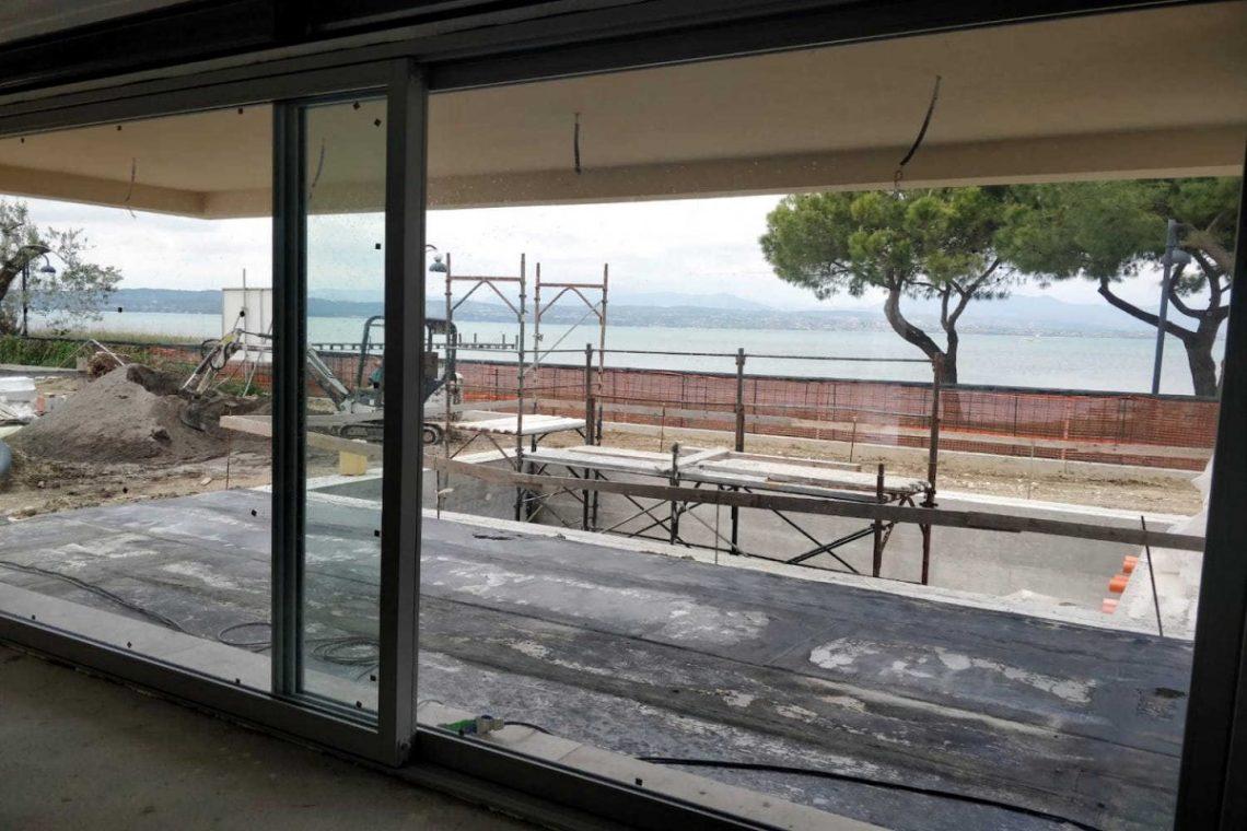 Villa Sirmione direkt am Strand 03