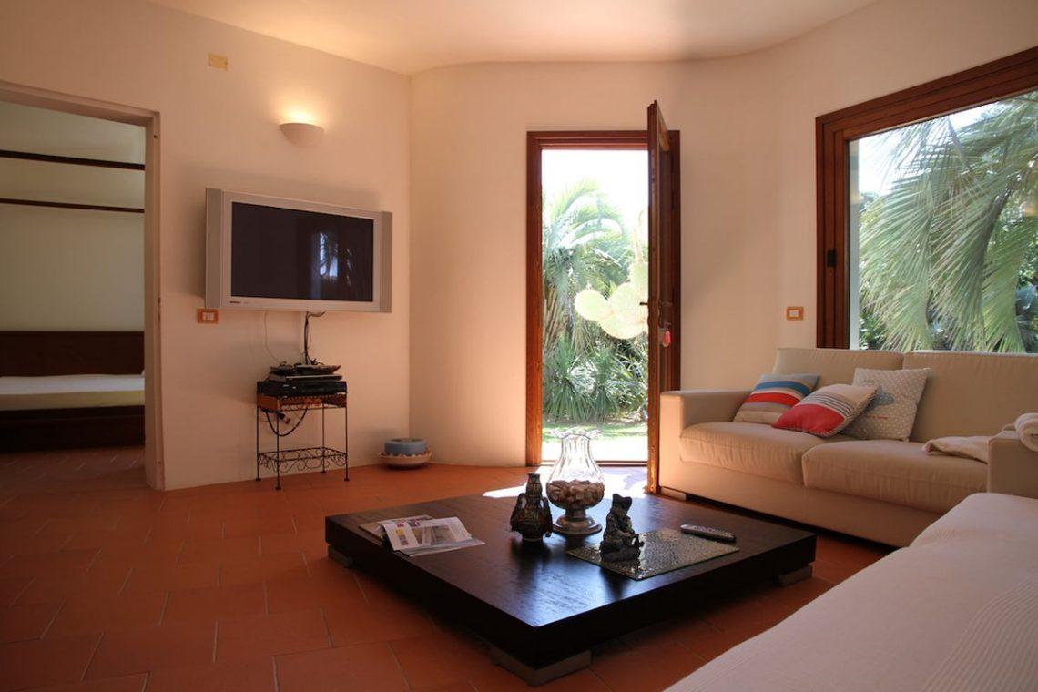 Villa zum Verkauf Roccamare 26