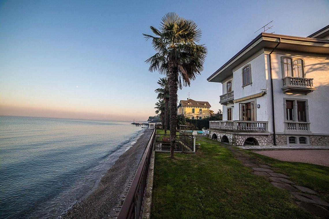 Liberty Villa in Desenzano del Garda 08