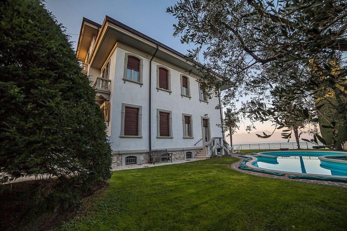 Liberty Villa in Desenzano del Garda 13