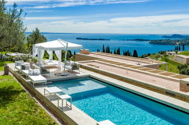 Vertraulich: Luxusvilla am Gardasee zur Miete mit separatem Gästehaus
