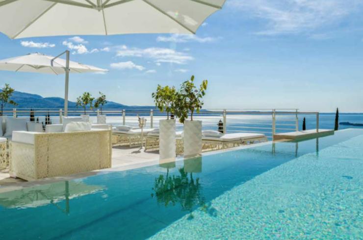Vertraulich: Luxusvilla Gardasee zur Miete in 5-Sterne-Resort