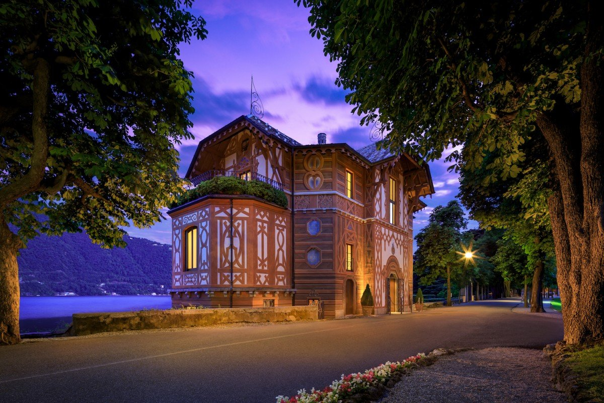 Villa am Ufer des Comer See mit seeblick